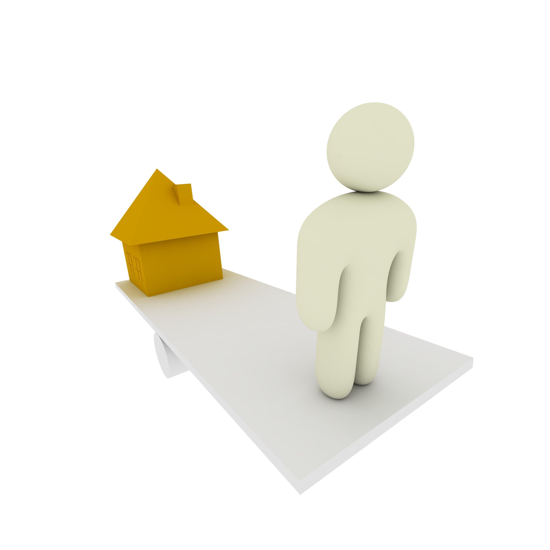 Bad tenants leave landlord owing £9000