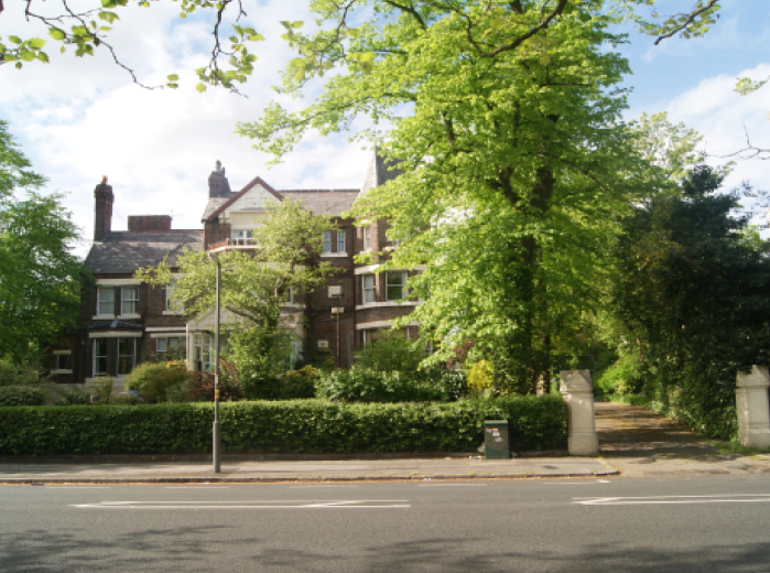 Self contained BTL studios in lovely Sefton Park conservation area