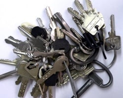 Keys not handed over on completion