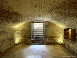 Does a cellar count towards a floor making an HMO?