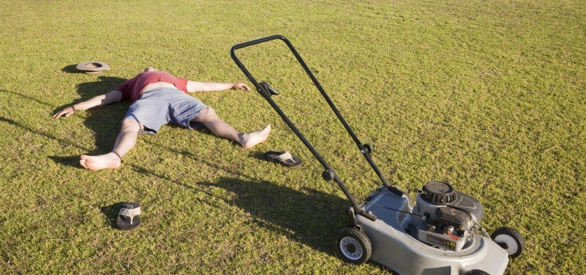 Tenant In Distress – Mowing The Lawn
