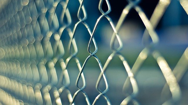 HB payments while tenant in prison?